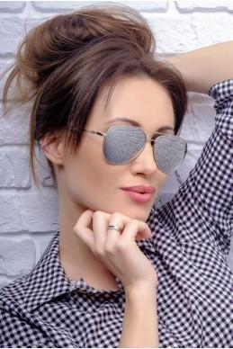 Солнцезащитные очки Ray-Ban 8025 - женская одежда, бижутерия оптом. Фото - look-and-buy.com
